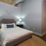 1285-APT307-Bedroom-1.jpg