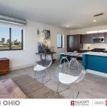 301 Ohio-01-Living-Kitchen